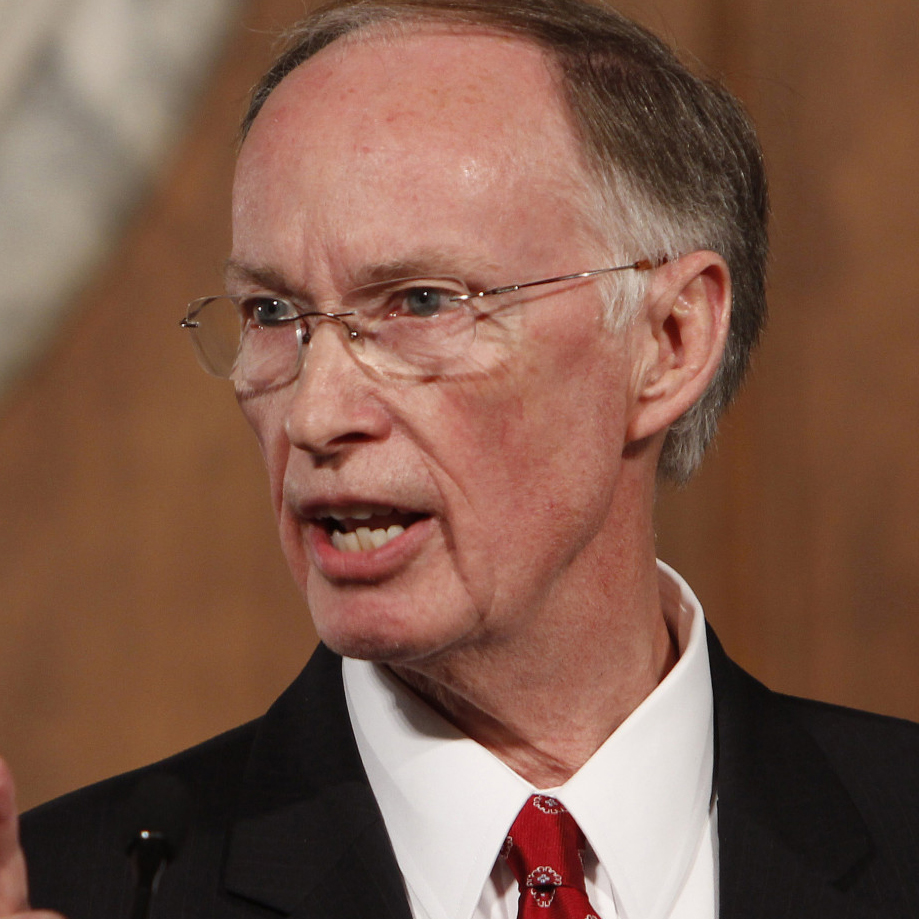 Two lessons from the Alabama governor's disastrous press conference