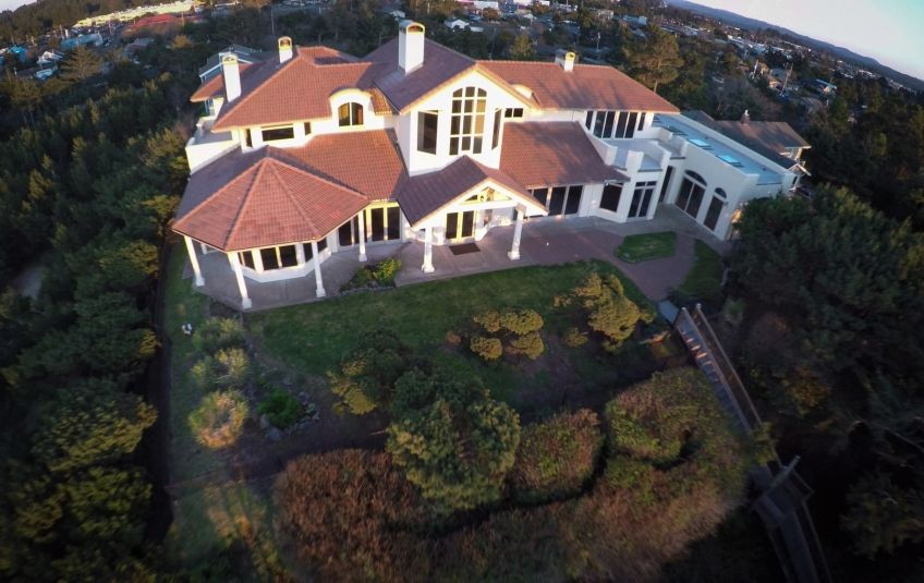 Luxury oceanfront home on Oregon coast set to sell in no-reserve auction
