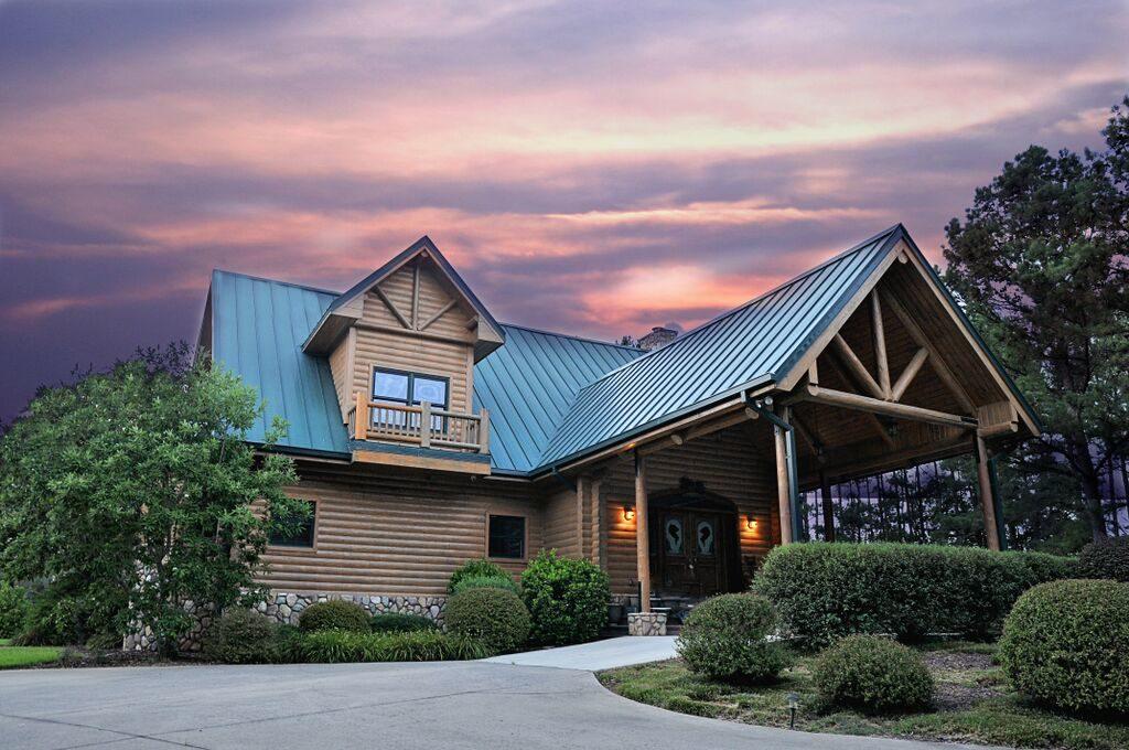 Seven Hills Equestrian Center set for June 18 auction