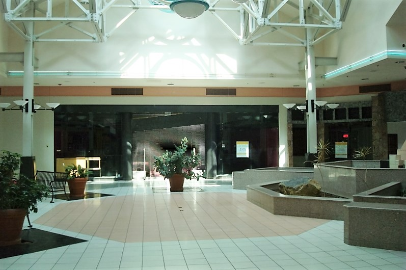 Illinois Star Centre Mall set for Tranzon auction