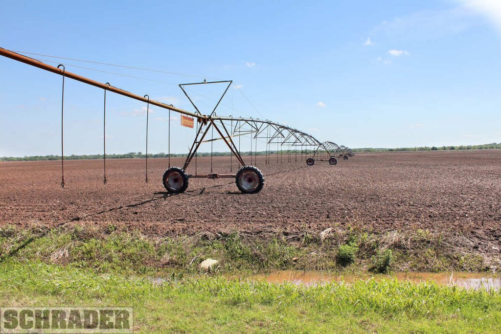 Southeast Oklahoma farm features irrigated cropland as well as excellent hunting and fishing